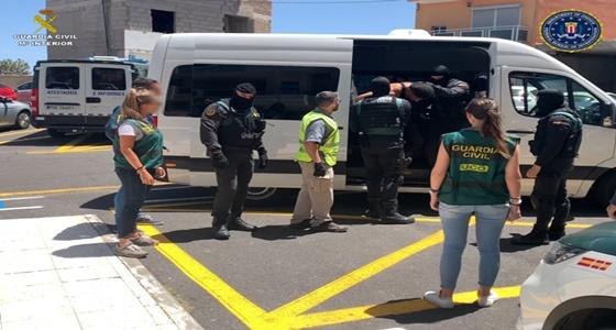 Equipo Huidos de la Justicia y el ECO Canarias